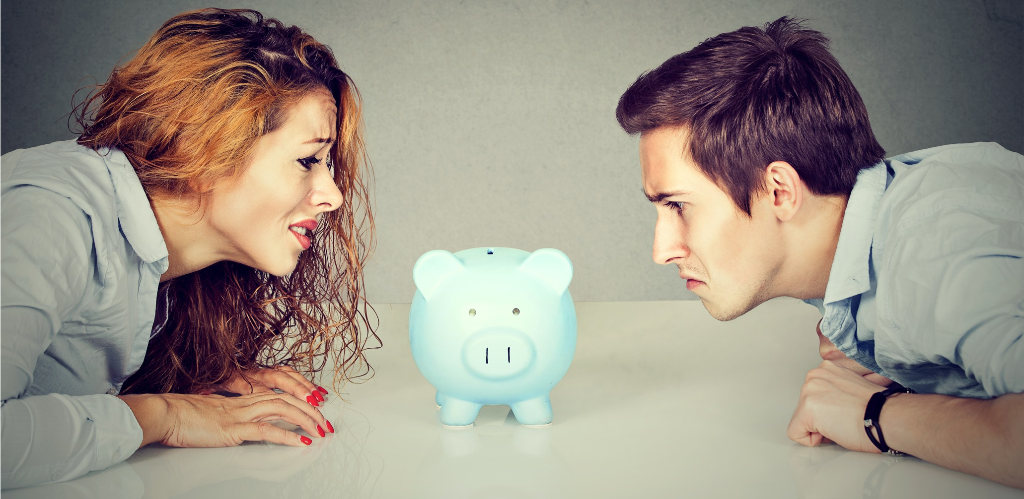 Divorcing couple sorting out their finances