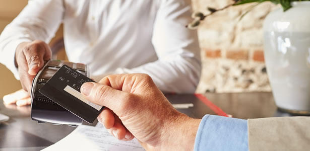 How To Avoid Contactless Card Fraud Equifax Uk
